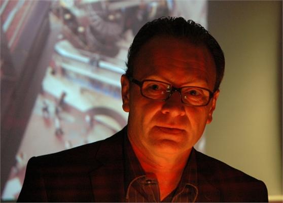 Wolfgang Kaes, Journalist und erster Autor beim Krimiabend im Polizeipräsidium Bonn