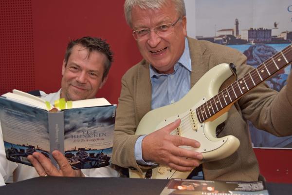 Veit Heinichen & Hans Steinmeier vom Landespolizeiorchester NRW